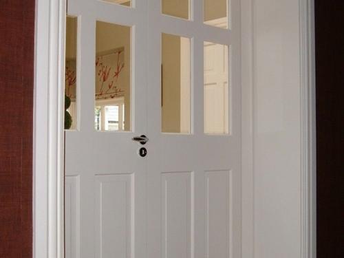 belye-dveri-15