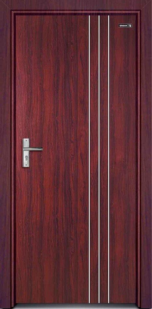 Дверь ПВХ крупным планом