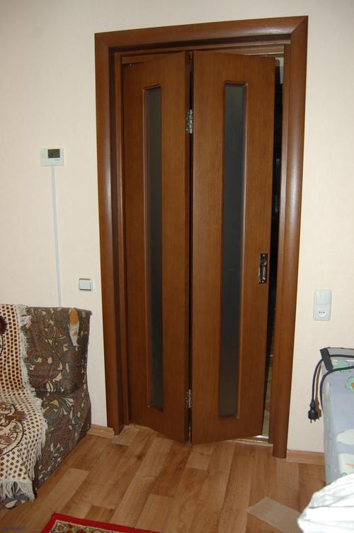 Механизм для складных дверей