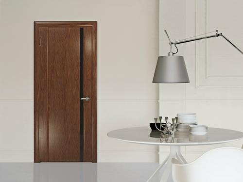 Современная деревянная дверь