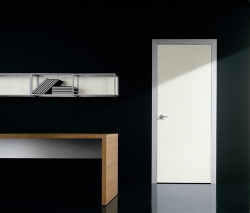 svetlye-mezhkomnatnye-dveri-12