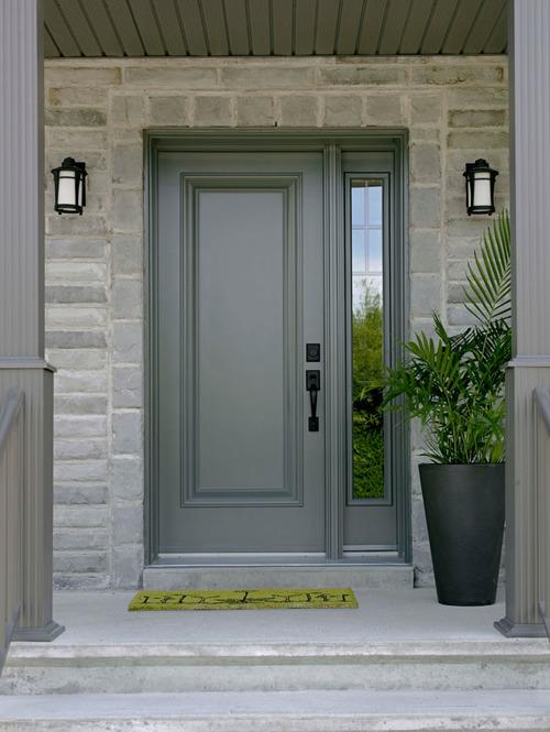 Входная дверь Леруа Мерлен серого цвета