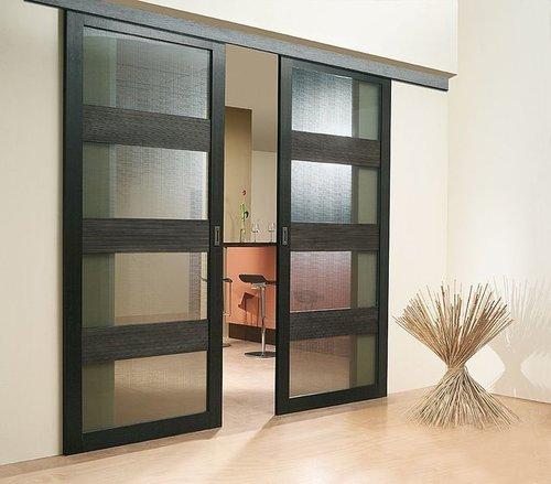 Раздвижные двери Леруа Мерлен в интерьере квартиры