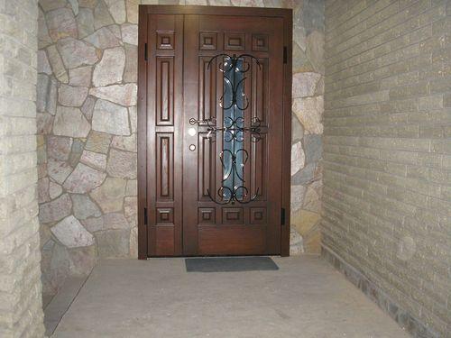 derevyannye-dveri-iz-massiva_2