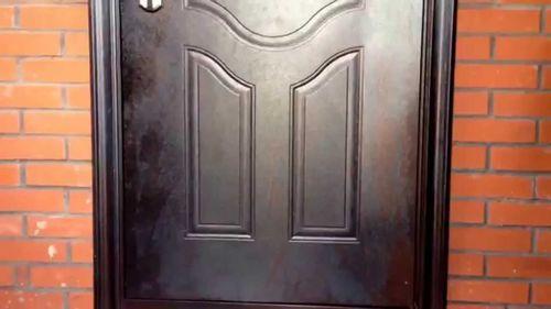 kitajskie-vhodnye-dveri_4