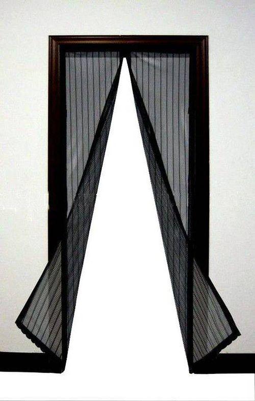 Магнитные москитные сетки на двери