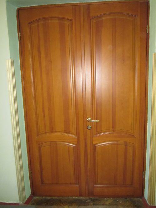 derevyannye-tamburnye-dveri_10